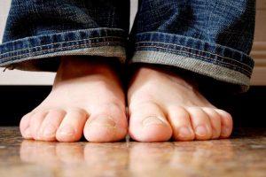 Comment soulager les pieds brûlants